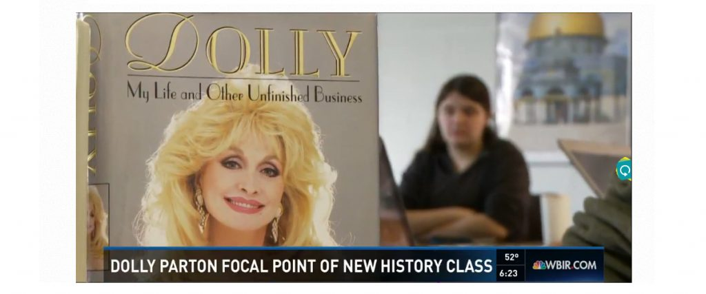 Dr. Lynn Sacco's Dolly Parton course featured on WBIR